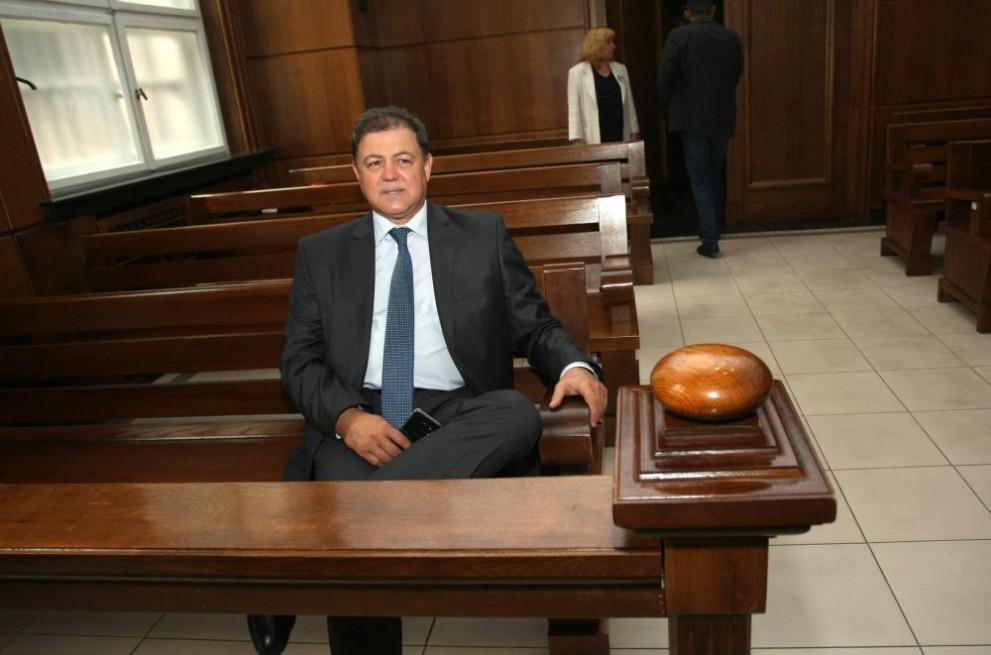 Бившият военен министър Николай Ненчев е окончателно оправдан за ремонта на изтребителите