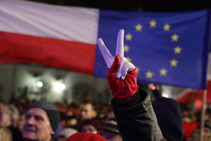 Полша е нарушила правото на ЕС с по-ранното пенсиониране на върховни съдии