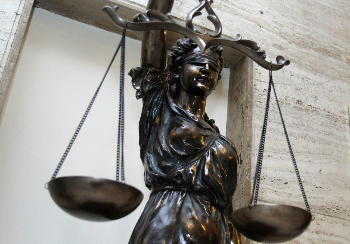 Ситуацията с COVID-19 в съдебната система се усложнява, все повече магистрати се заразяват