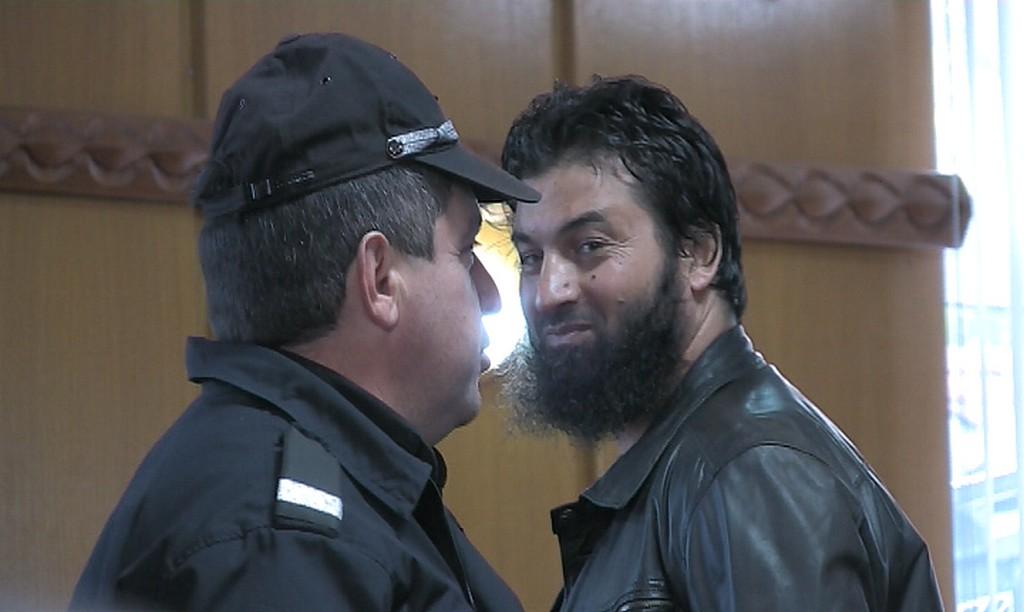 """Ахмед Муса е осъден на 8 годни и половина затвор за възхвала на идеите на """"Ислямска държава"""""""