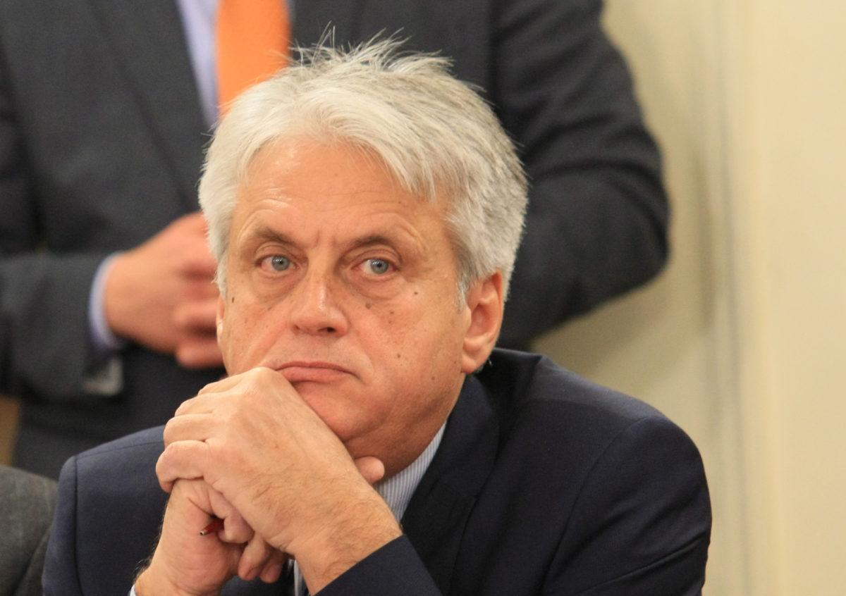 Президентът назначи Бойко Рашков за член на правния си съвет