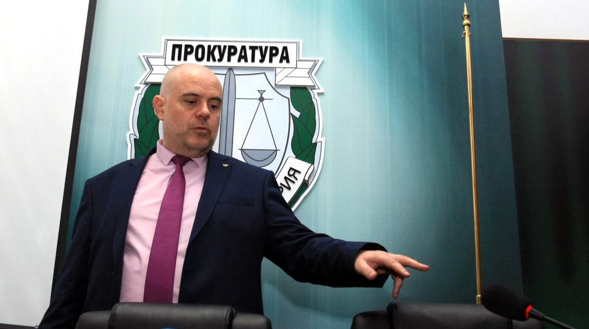 Иван Гешев: За какво да подавам оставка? Че си върша работата?