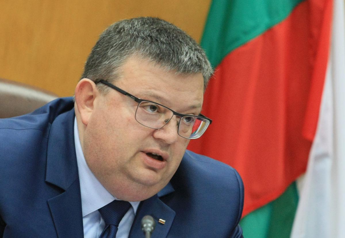 Цацаров подписа меморандум за разбирателство между прокуратурата и ЕИБ
