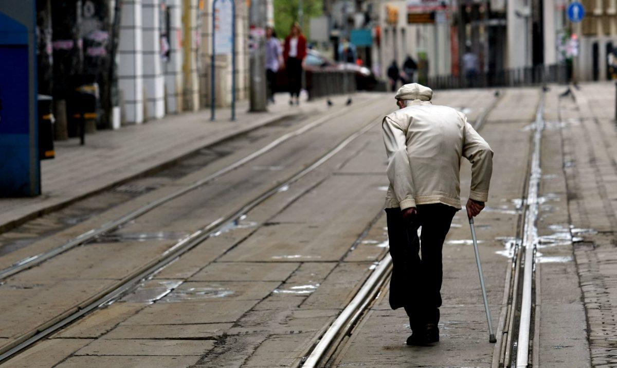 Увеличават с 4,60 лв. социалната пенсия за старост