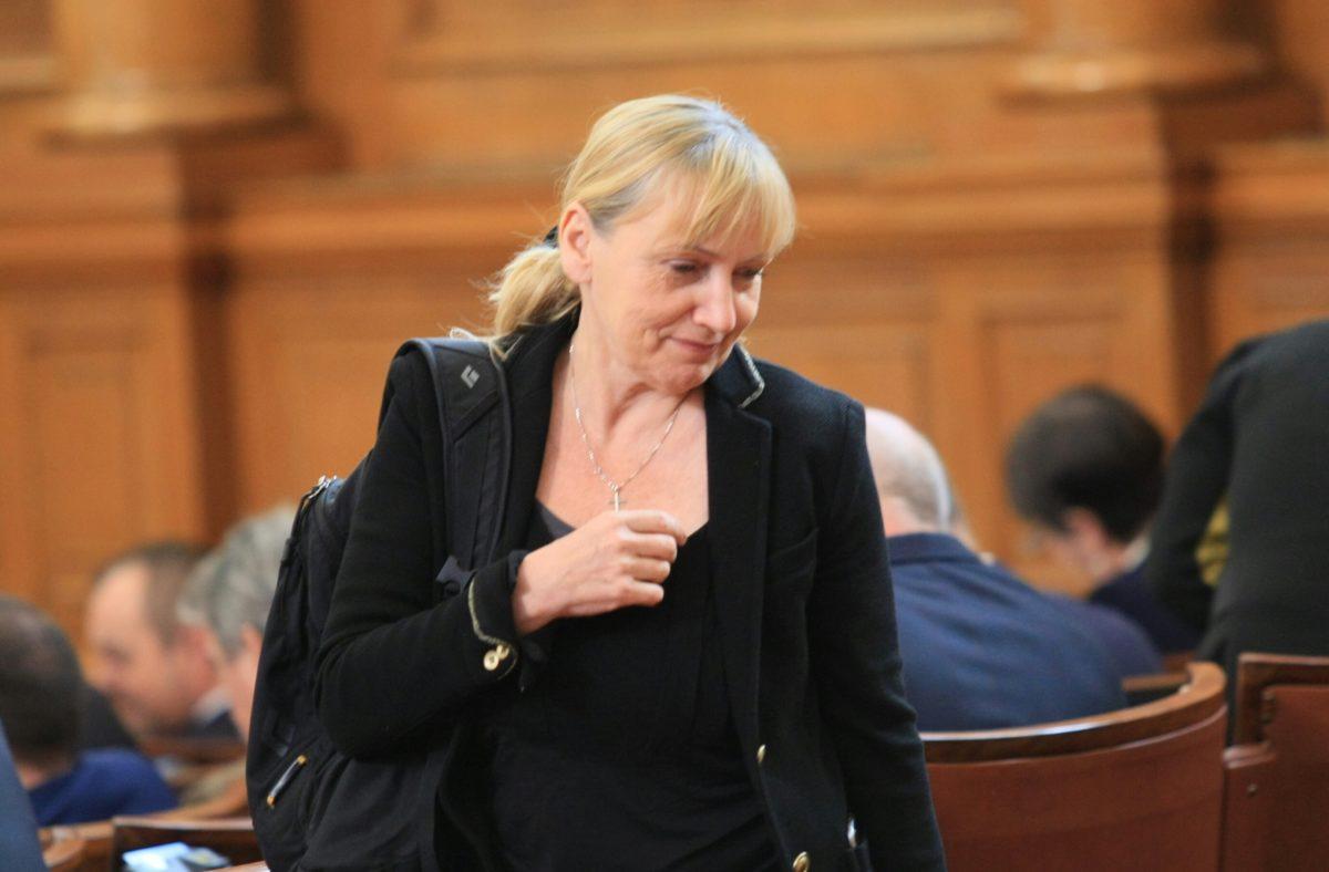 ГЕРБ иска прокуратурата да провери Елена Йончева за съдружие с Цветан Василев
