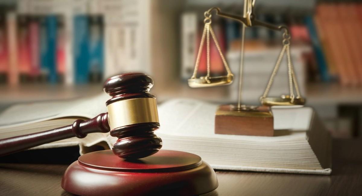 Съдиите и прокурорите трябва публично да реагират при нарушаване на върховенството на правото