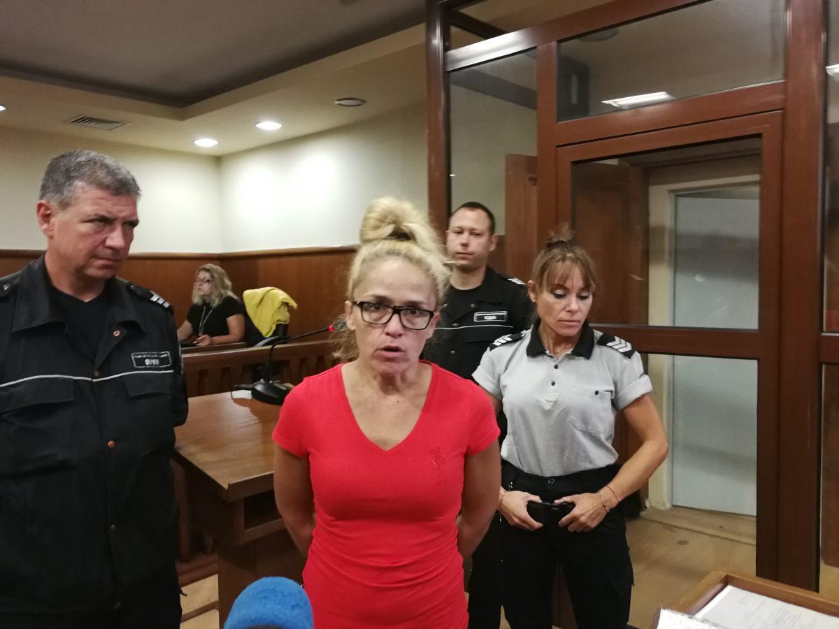 Десислава Иванчева вече ще е под домашен арест