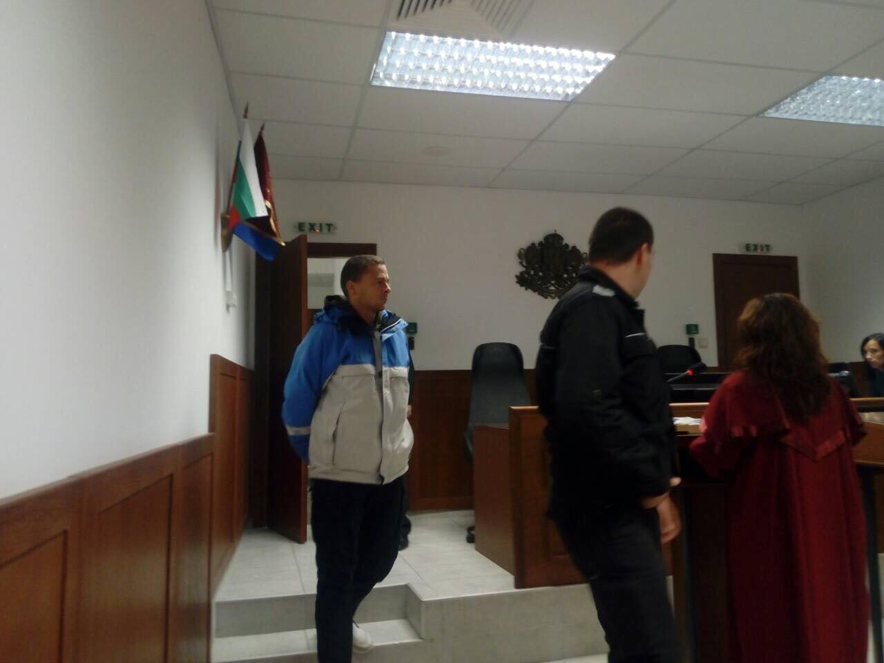 Съдът остави в ареста мъжа, който нападна и опита да изнасили адвокатка