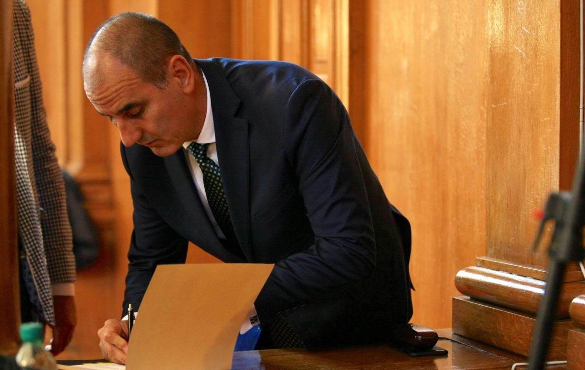 Прокуратурата започва проверка за апартамента на Цветан Цветанов