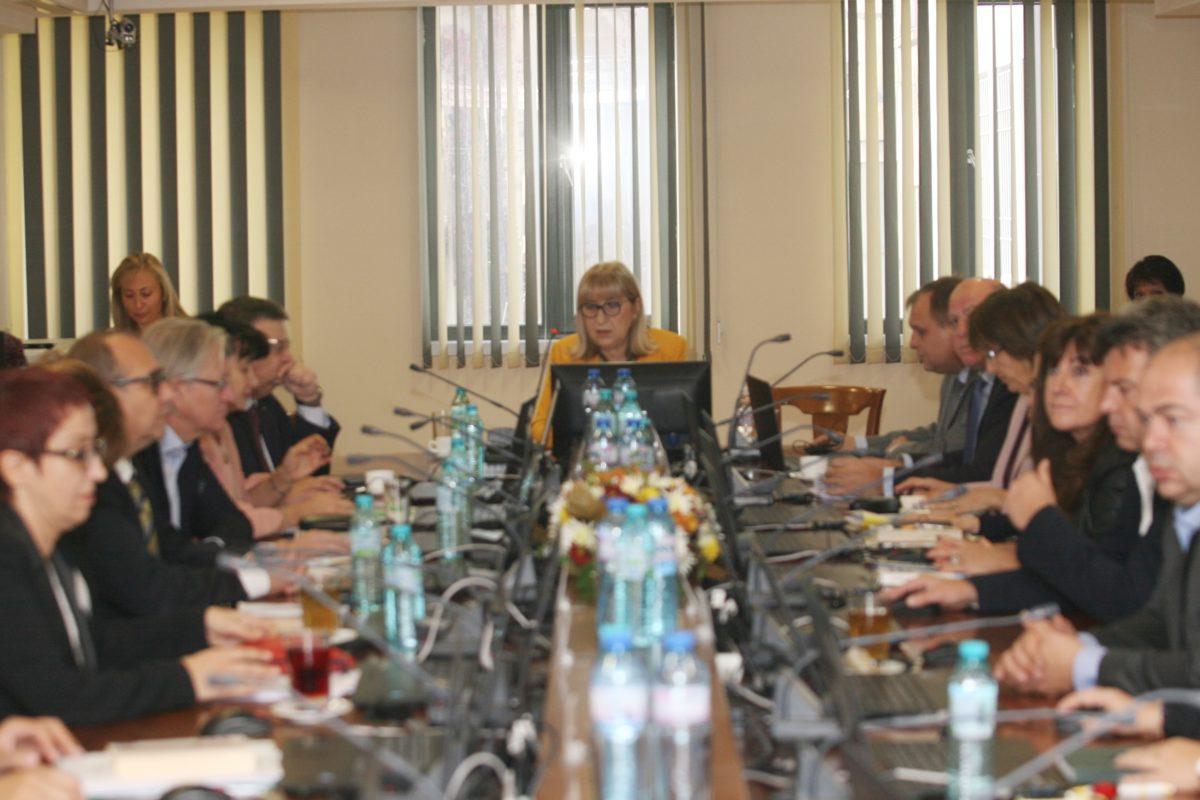 ВСС избра Имова, Найденов и Цветанова за членове на Съвета по партньорство