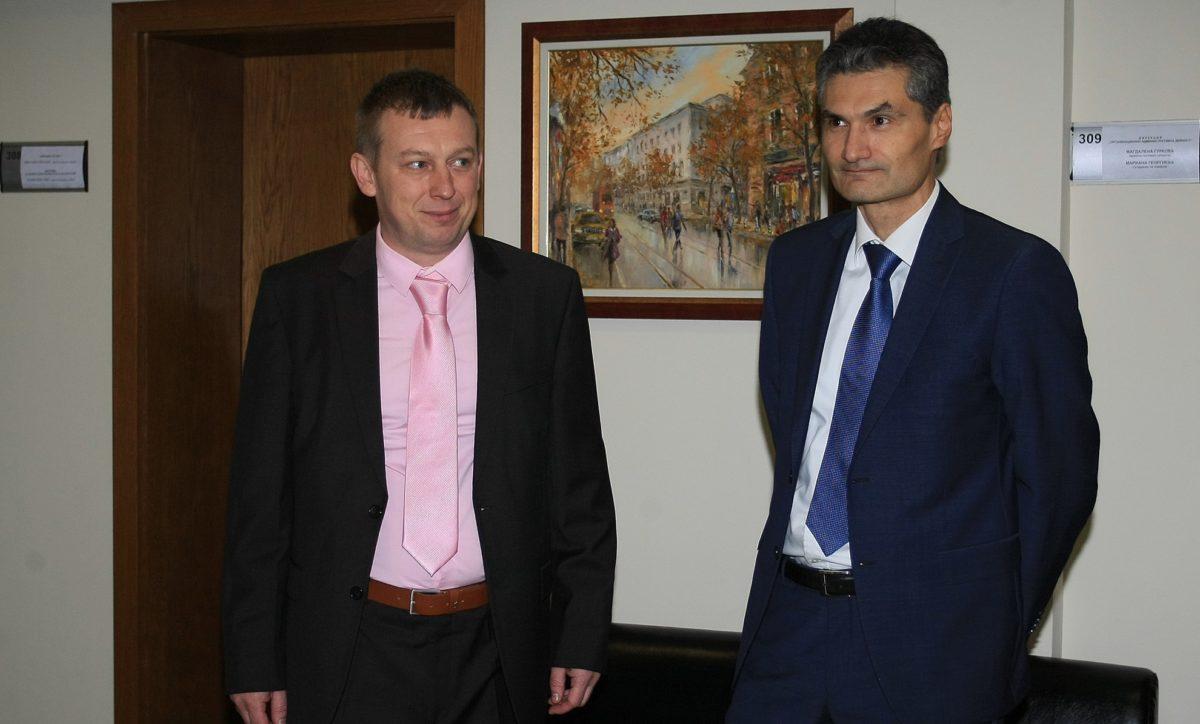 Евгени Георгиев поиска ВАС да спре председателстването на Алексей Трифонов