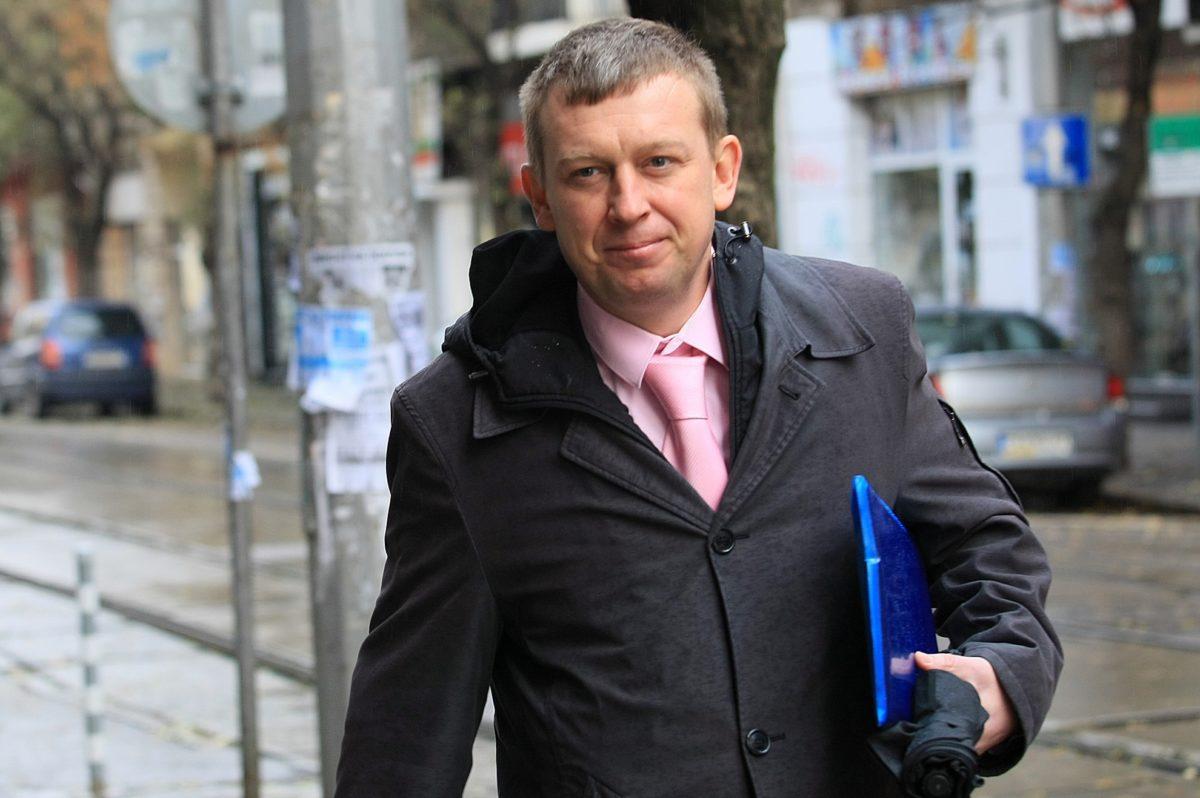 Семеен ангажимент на Алексей Трифонов отложи делото за избора му за шеф на СГС