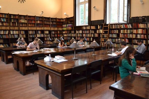 Отмяната на реформата в юридическото образование стигна до върховния съд