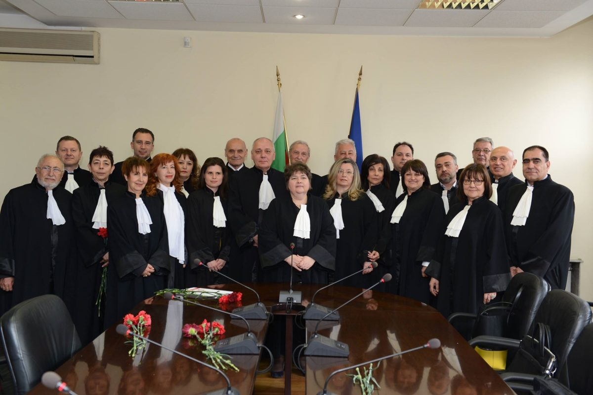 Всички делегати от София отиват на Общото събрание на адвокатите от страната
