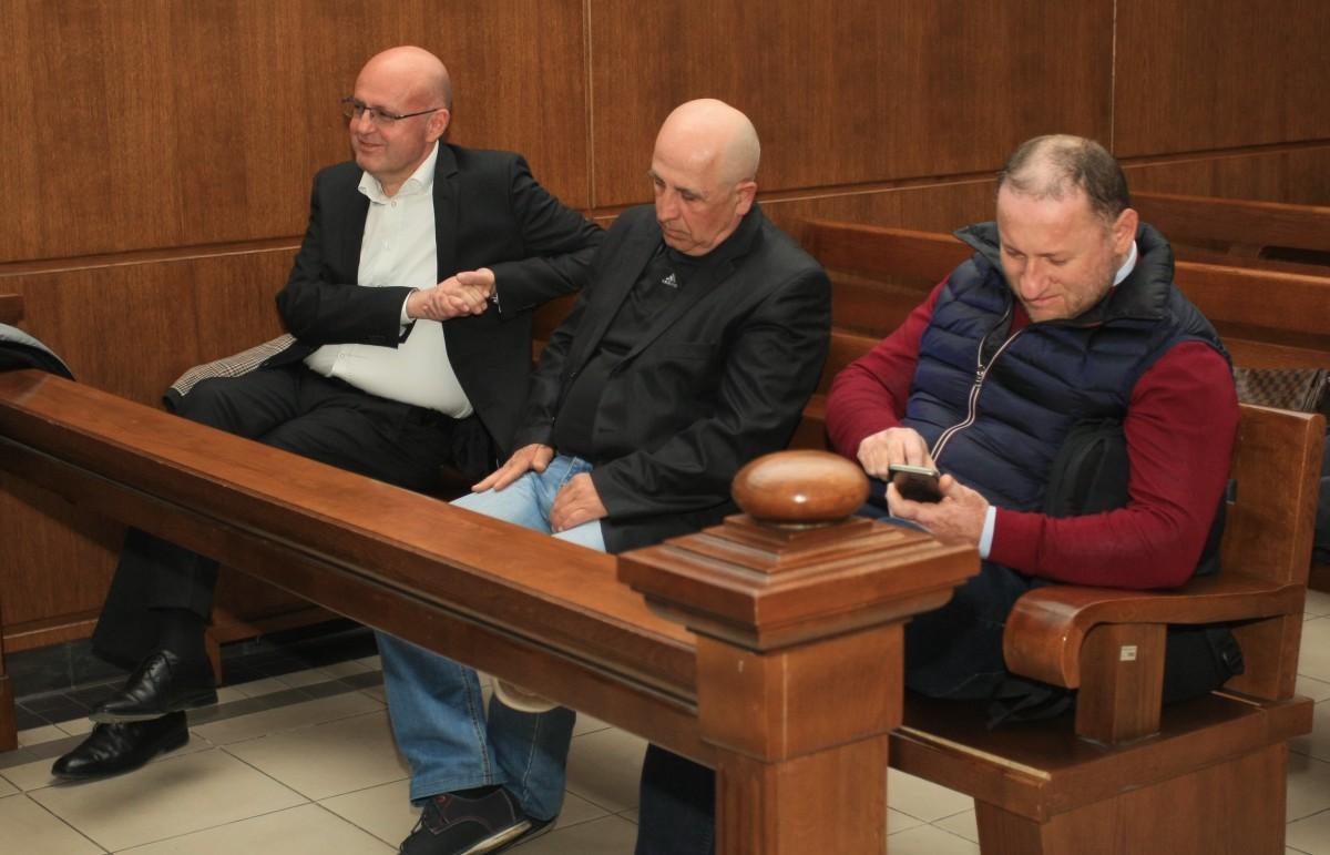 Трима осъдени за източване на железниците