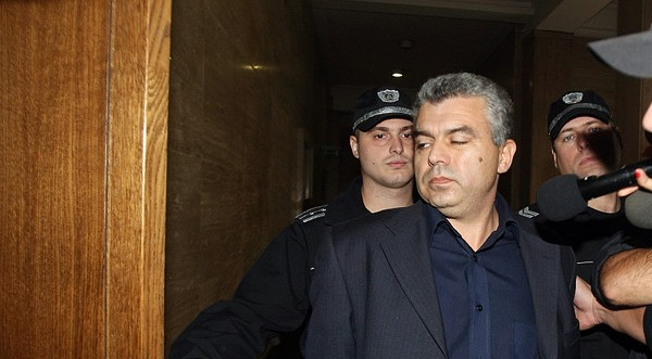"Прокуратурата плаща 109 000 лева заплати на бивш шеф на ""Терем"", уволнен след арест"