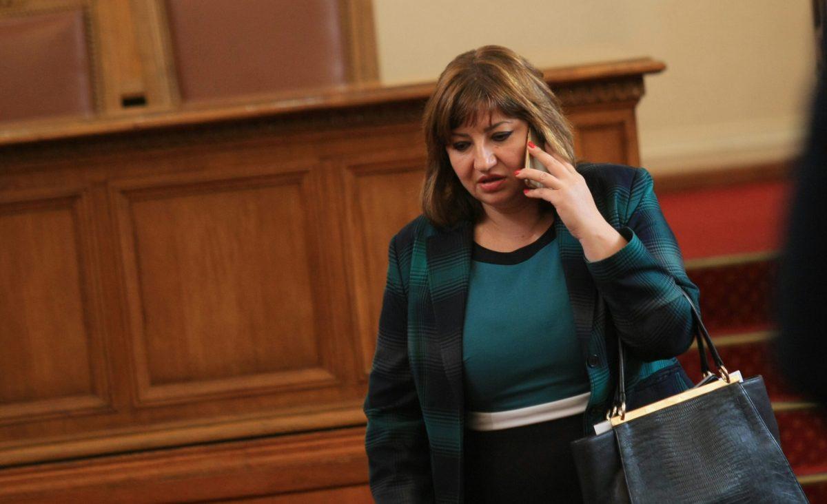 Анна Александрова е новият шеф на правната комисия
