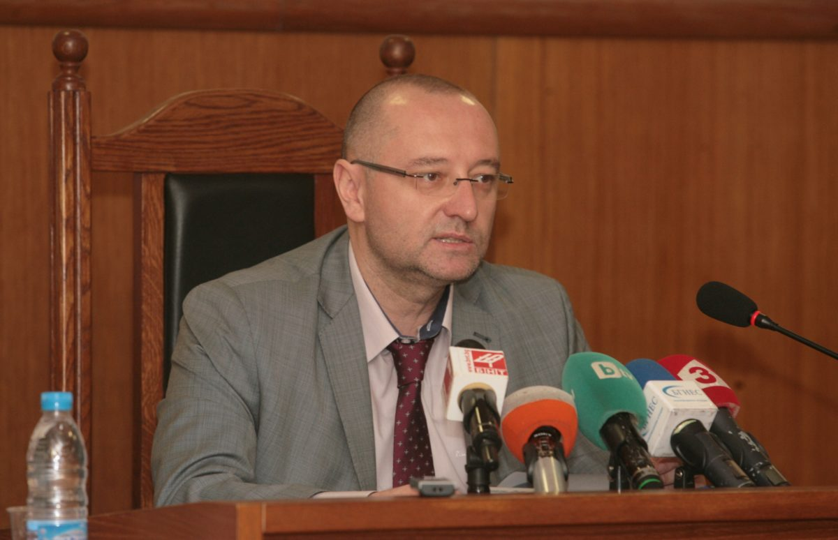 Лозан Панов обжалва и втория отказ на ВСС да образува дисциплинарка срещу Георги Ушев