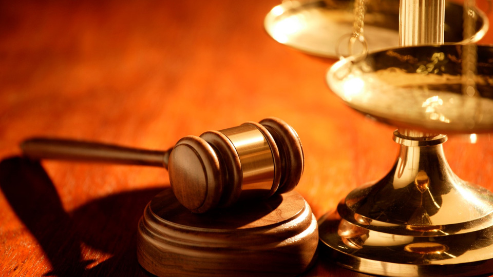 Обединяване и вливане на 72 районни съдилища предлагат кадровици
