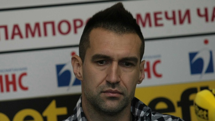 Футболистът Мартин Камбуров е освободен от ареста срещу гаранция от 1000 лева