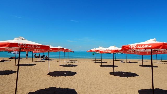 ВАП разпореди проверка на безопасността на басейните и плажовете