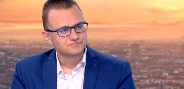 """Обвиненият за пробива в НАП бил """"леко"""" заплашван от ГДБОП"""