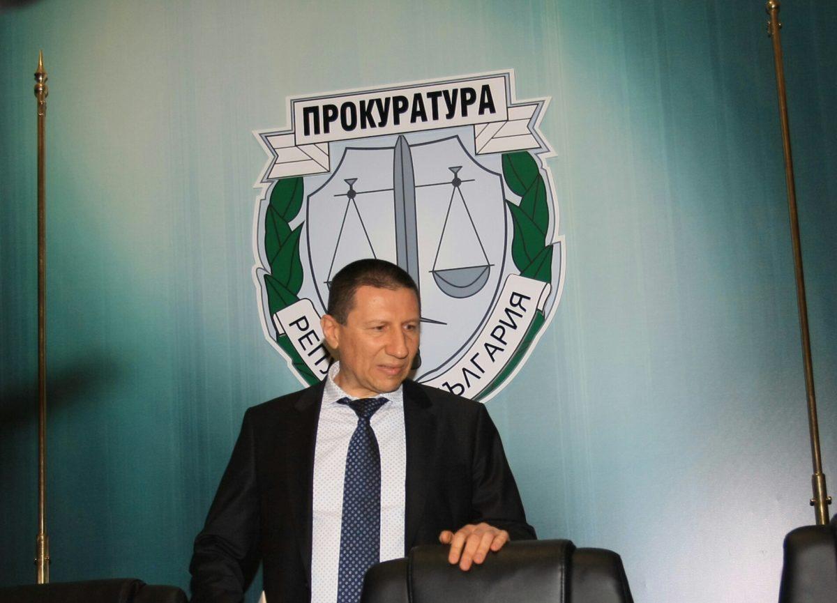 Рашков поиска шефът на следствието да започне разследване срещу Гешев