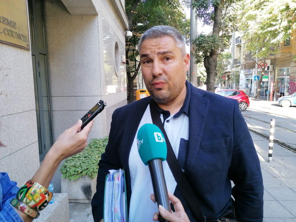 """Приета оставка и две наказания """"забележка"""" за Методи Лалов"""