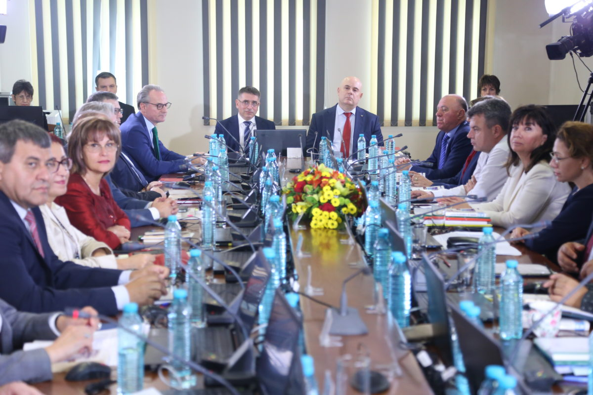 ВСС се събира в четвъртък, за да гласува отново за Иван Гешев