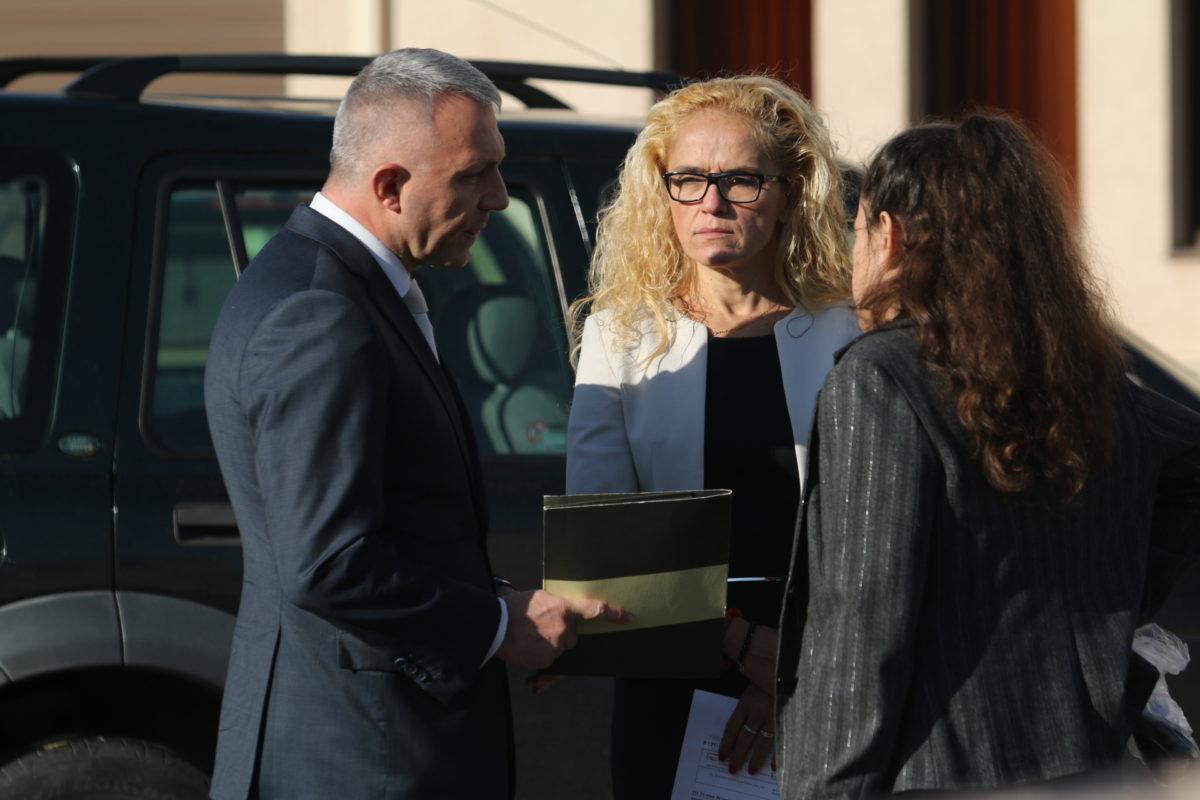 Делото срещу Десислава Иванчева започна с искане за разпит на Иван Гешев, съдът отказа