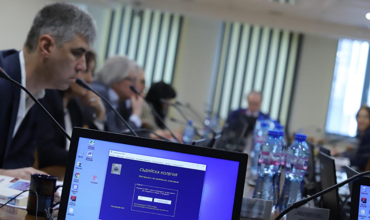 Започва дисциплинарка срещу обявения за корумпиран съдия Миталов