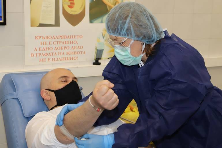 Иван Гешев се включи в кампанията на прокуратурата за кръводаряване