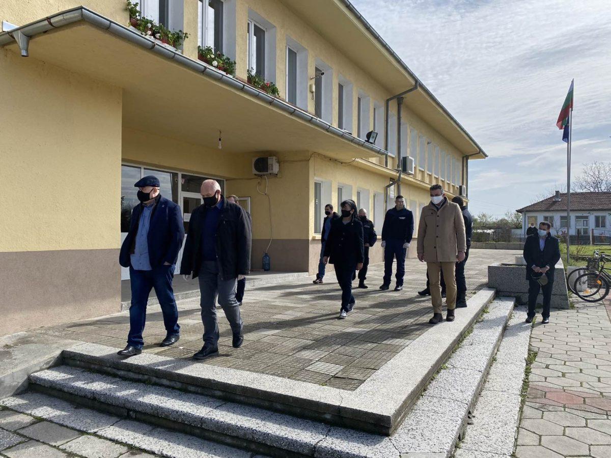 Главният прокурор отиде в Трилистник заради пребит и ограбен пенсионер