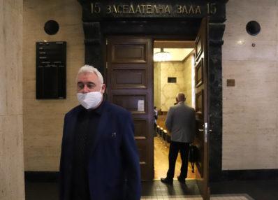 Александър Машев, по чиято жалба ВАдС отмени изборите за нов съвет, от следващото заседание ще се включи като ответник по делото
