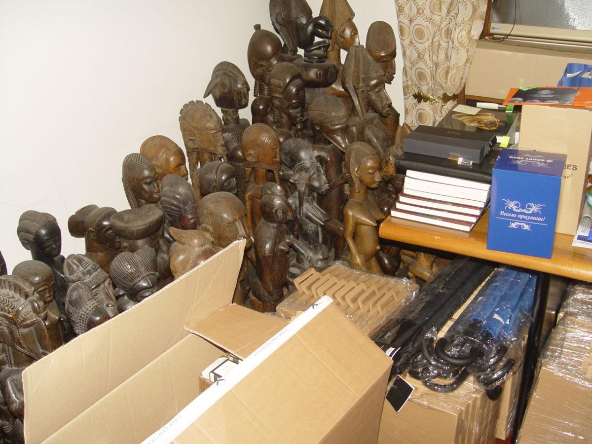 Прокуратурата открила 3385 артефакта, Васил Божков регистрирал едва 212