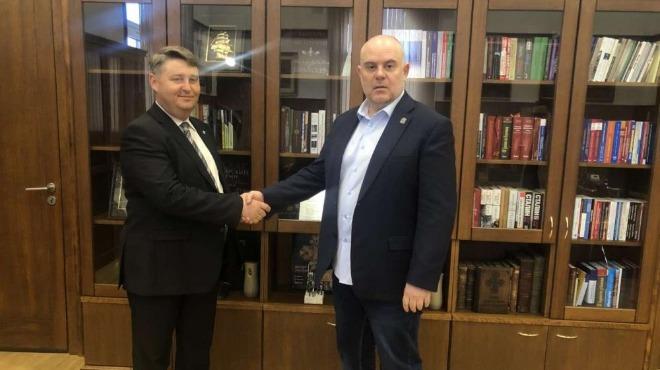 Шефът на асоциацията на прокурорите Евгени Иванов отново е кандидат за член на ВСС