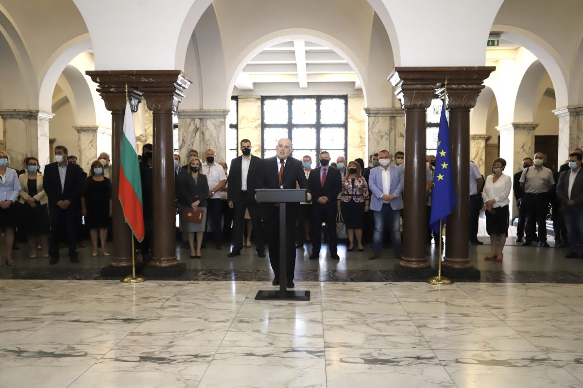 Прокуратурата ще сезира Брюксел за натиск от президента Радев