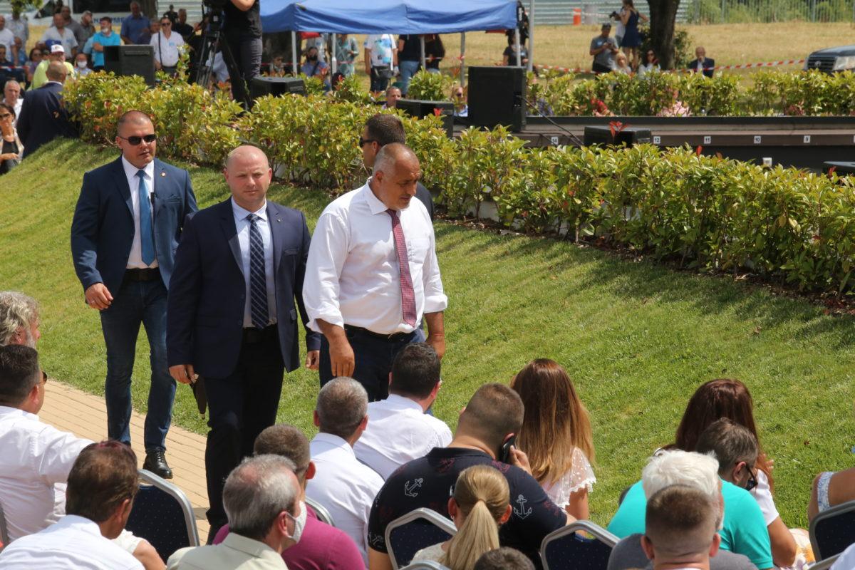 Борисов: Ще предложа и вариант аз да си тръгна, но да продължи правителството