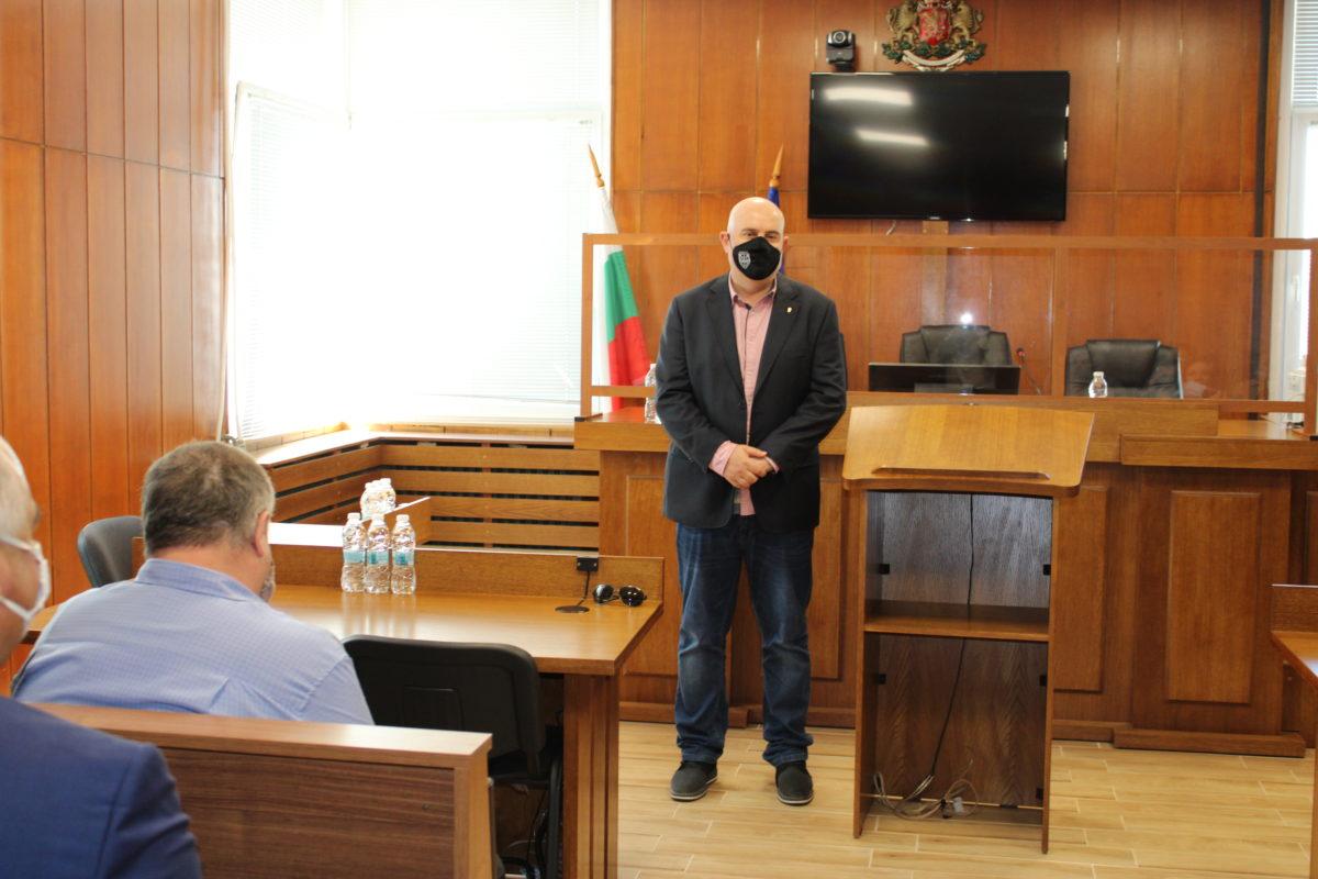 Обиколката на Гешев продължава – срещна се с прокурори от Велико Търново