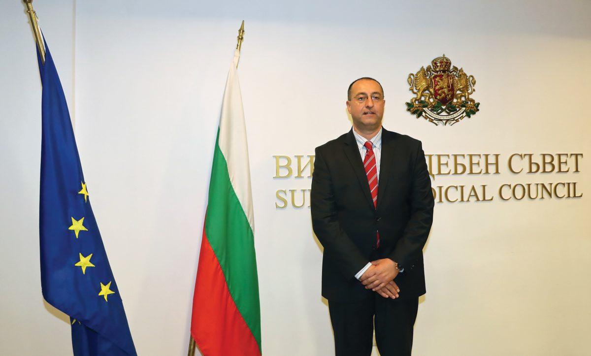 Адвокат става главен секретар на ВСС