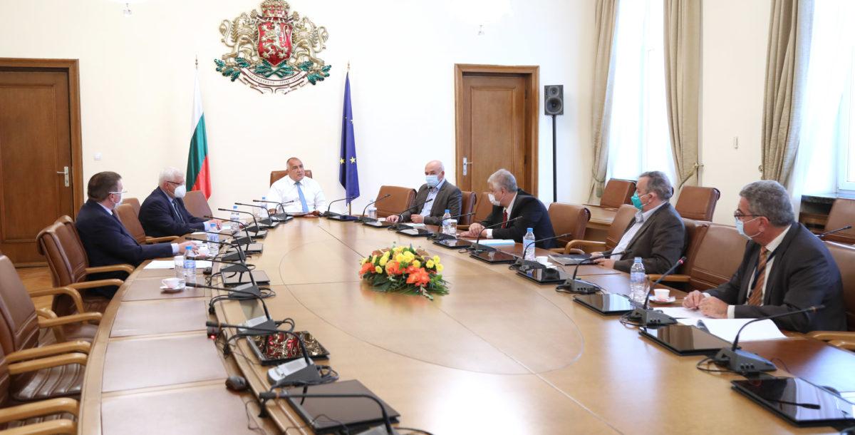 Борисов връща седмичните брифинги за COVID-19