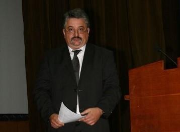 Почина адвокат Петър Китанов