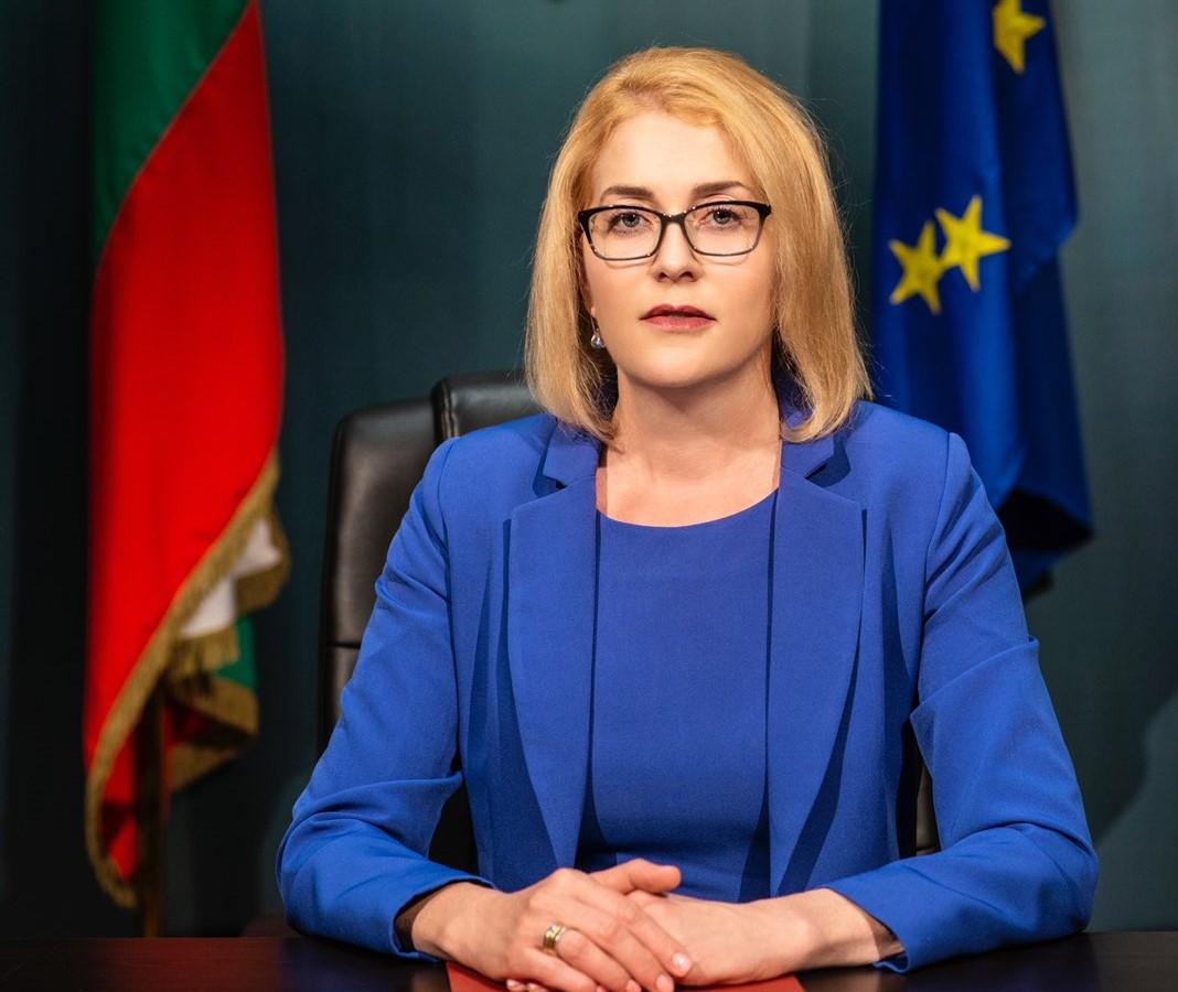 Ако дипломата на Иван Гешев е нелегитимна, такива са и на много съдии, адвокати и нотариуси