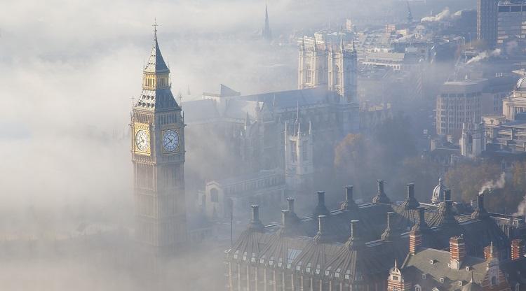 Съд изяснява дали мръсният въздух в Лондон е убил 9-годишно момиче