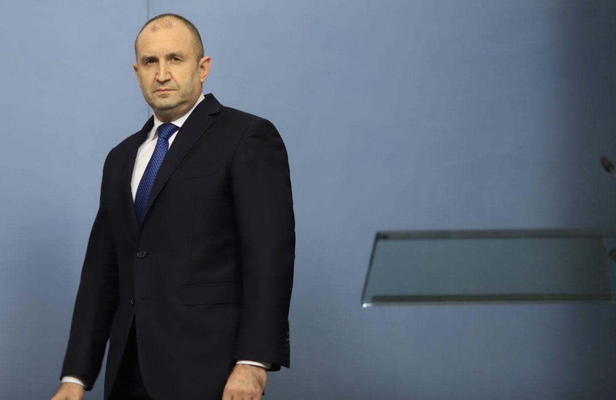 Президентът: Време е да научим кандидата за премиер на ИТН, връчвам мандата днес