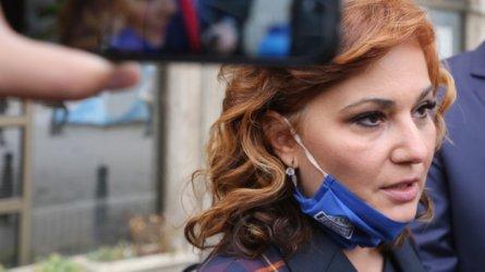 Съдът окончателно оправда Асена Сербезова – била е полезна, а не е всяла паника