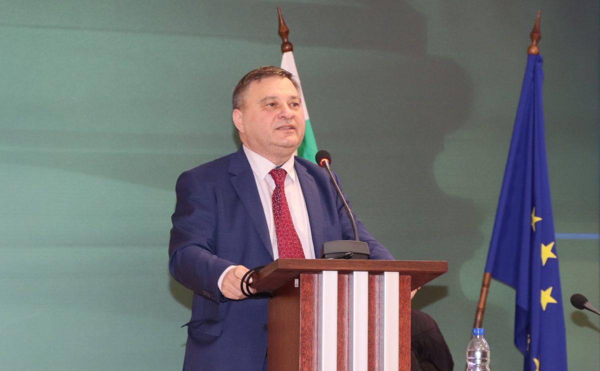 Стефан Петров встъпи като член на ВСС