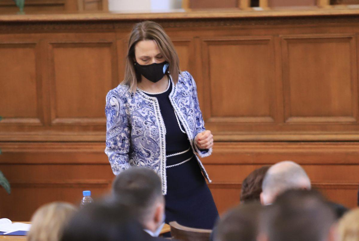 Ива Митева е новият председател на Народното събрание