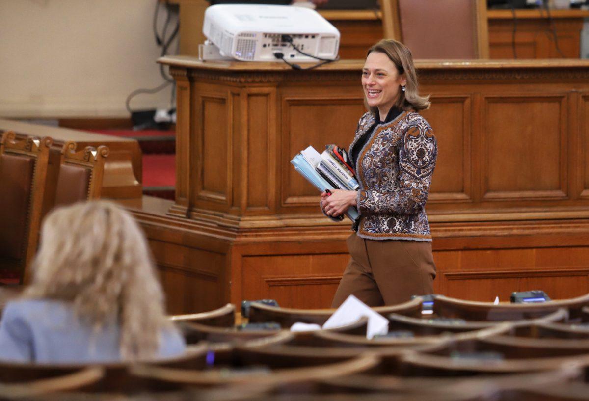 Само проектът на ИТН за промени в Изборния кодекс отива за второ гласуване
