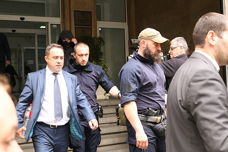 Антикорупционната комисия иска над 870 000 лева от бивш зам.-министър, подсъдим с Бобокови